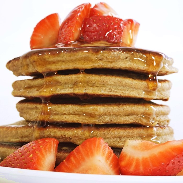 BEST banana oatmeal pancake recipe you will ever try. Fluffy perfect and delicious healthy breakfast idea that is so easy to make!